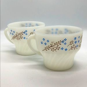 Termocrisa Milk Glass Mugs